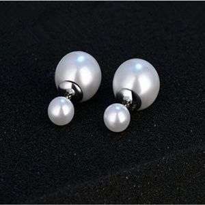 White Pearl Double Sided Stud